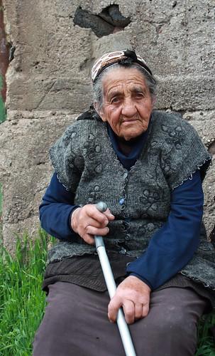 Ddmashen, old lady