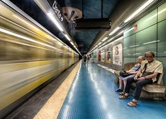 Materdei 9 (isnogud_CT) Tags: materdei bahnsteig reisende ubahn underground linea1 statione bahnhof neapel italien