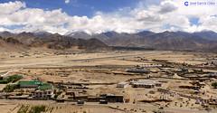 12-06-27 India-Ladakh (100-101) Leh R01 (Nikobo3) Tags: asia india ladakd kashmir kachemira karakorum himalayas paisajes naturaleza leh travel viajes nikon nikond200 d200 nikon247028 nikobo joségarcíacobo flickrtravelaward ngc