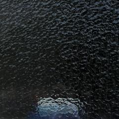 Schaumkrone // Whitecap (apfelbla) Tags: window fenster glass glas struktur structure patterm muster minimal minimalism minimalismus minimalistic minimalistisch simplicity abstract abstrakt blau blue quadrat square