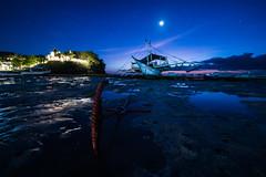 DESAMPARADOS (alexandrechary) Tags: boat anchor dusk moon sunset stars tide sand rock sea seascape ocean dark night philippines asia coast blue magenta malapascua nikon d750 1424mm
