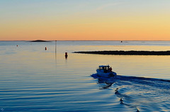 bâteau quittant le port (pigosse) Tags: bâteau océan morbihan golf