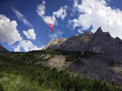 Alps Trip 0871m (mary2678) Tags: switzerland europe honeymoon mountain mountains lauterbrunnen valley bus paraglider paragliders trümmelbachfälle trummelbach falls rick steves myway alpine tour