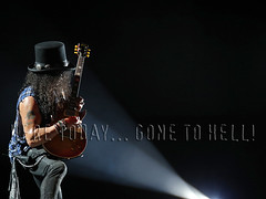 slash_telaviv170715 (gnrtour) Tags: gunsnroses notinthislifetime israel july 2017 gnfnr gnr gr telaviv slash