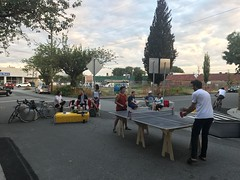 Pop up ping pong with Frida & Frank (Paul Krueger) Tags: adanacvernonplaza adanacbikeway