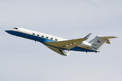 2000 Gulfstream Aerospace C-37A (GV) 01-0028 - US Air Force - RAF Fairford 2017 (anorakin) Tags: 2000 gulfstream c37 c37a g5 gv usaf riat fairford raffairford