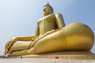 wat muang - ang thong - thailande 23