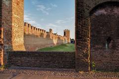 AFFACCIARSI NEL MEDIOEVO (davidetavian72) Tags: montagnana padova veneto medioevo castello architettura citta hdr colore tramonto d3300 sigma1770 nikon