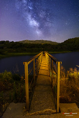 Embalse de la garganta del prior. (Antonio Camelo) Tags: nikon nature naturaleza night noche sky landscapes mountain montaña milky via
