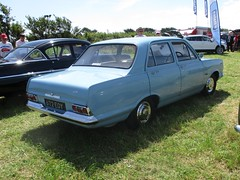 1964 Vauxhall Victor 101 #2 (occama) Tags: vauxhall victor 101 blue 1964 old car cornwall uk british saloon gm fc 672eoy