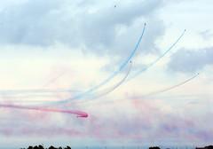 All split (quintinsmith_ip) Tags: redarrows red arrows smoke white blue plane jet formation raf british royalairforceaerobaticteam royal air force aerobatic team bae hawk t1 baehawkt1 southshields gnr greatnorthrun2017sunderlandsaturday2017air show international fly flying demo smoking