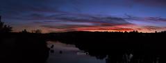 Panorámica (David Fotografía) Tags: panorámica panoramic atardecer sunset river río colors colores sky cielo moon luna