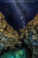 Algar seco. (fotochemaorg) Tags: algarseco algarve carvoeiro estrellas nocturna portugal víaláctea