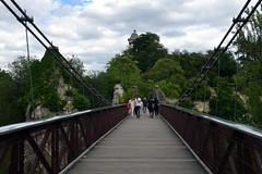 Bridge to the Temple de la Sibylle (Eddie C3) Tags: parcdesbutteschaumont parisfrance vacationphotos urbanparks templedelasibylle