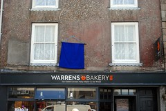 Warrens Bakery - the original! (zawtowers) Tags: cornwall kernow summer holiday break vacation july 2017 st just lannust monday 17th sunny afternoon most westerly town united kingdom centre penwith peninsula warrens bakery formed 1860 oldest largest maker cornish pasty steak shop front food delicious