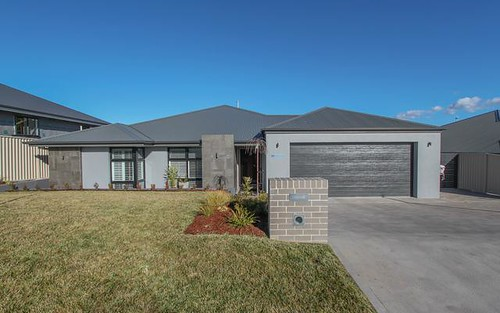 59 Graham Drive, Kelso NSW