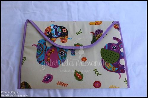 """Bolsa A4 """"Elefantes Coloridos"""""""