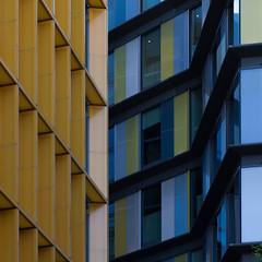 yellow and blue (Cosimo Matteini) Tags: cosimomatteini ep5 olympus pen m43 mft mzuiko60mmf28 london city cityoflondon squaremile ludgatehill architecture lines yellowandblue