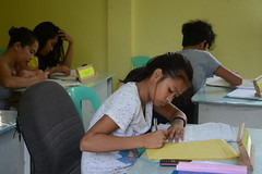 Keeping children in school and out of child labour (ILO in Asia and the Pacific) Tags: childlabour decentwork philippines mining povertyreduction everydaylifeandfamily localeconomicandruraldevelopment safetyandhealth educationskillsandtraining employment workingconditions