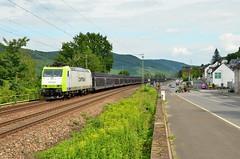 Captrain 185 517, Niederheimbach (Sander Brands) Tags: trein treni train treno trenuri züg züge traxx trenuro gefco rhein rheintal rijn kbs rail fanning