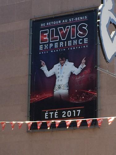 Elvis imitateur? Qui savait? Pas moi!