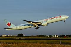 C-FKAU (Air Canada) (Steelhead 2010) Tags: aircanada boeing b777 b777300er creg cfkau yyz