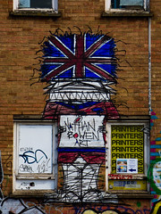 Nathan Bowen Art (Steve Taylor (Photography)) Tags: nathanbowen art printers flag unionjack soldier bearskin busby hat gaurd graffiti mural streetart wall window blue yellow white red strange brick man uk gb england greatbritain unitedkingdom london lines