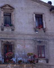 W L'ITALIA (mariarita.g) Tags: w litalia finestre 2017 pacentro laquila italia abruzzo