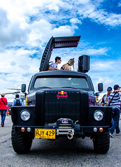 red bull car (monoblack) Tags: nikon d7000 medellin colombia redbull dj carro personalizado