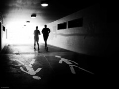 the winning run (René Mollet) Tags: run runing tunnel winning man blackandwhite bw silhouette street shadow streetphotography streetart sprot renémollet
