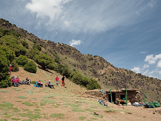 Lunch break and shop in Atlas mountains