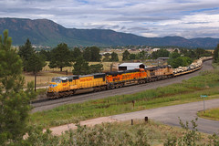 UP 4465 Monument 15 Jul 17 (AK Ween) Tags: up unionpacific emd sd70m monument colorado jointline rampartrange militarytrain train railroad