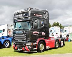 Holridge Transport Ltd Scania R730 V8 BYO Newark Truckfest 2017 (davidseall) Tags: holridge transport ltd scania vabis r730 v8 byo v8byo tractor unit truck lorry hgv lgv large haevy goods vehicle truckfest newark nottinghamshire uk gb british 2017