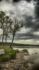 J'aime l'orage (Fred&rique) Tags: lumixfz1000 photoshop hdr raw lac ilay jura eau orage pluie paysage nature h