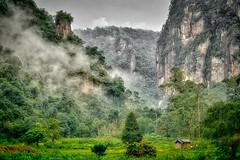 LEMBAH HARAU (tehhanlin) Tags: batusangkar bukittinggi ibis indonesia jamgadang lembahharau minangkabau ngaraisianok novotel pacujawi padang padangpanjang padangpariaman pagaruyung tanahdatar westsumatera ngc
