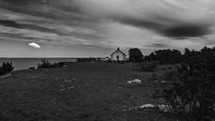 The house of the lighthouse keeper (mpersson60) Tags: gotland hav sea svartvitt bw