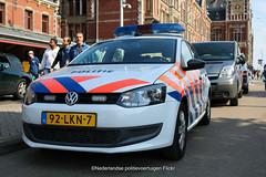 Spoorwegpolitie Volkswagen Polo (Dutch emergency photos) Tags: politie police nederlandse dutch polizei voertuigen volkswagen bmw mercedes amsterdam 92lkn7 vista