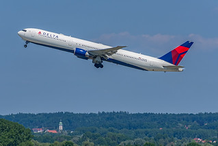 Delta Air Lines - Boing 767