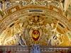 Estado del Vaticano. vista parcial de una de las entradas (gerardoirazabalvalledor) Tags: roma vaticano tapiz tapices papa francisco italia capilla sistina bueno museo balcón