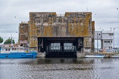 Bunker Saint Nazaire (Jacq-R) Tags: basesousmarine concret construction edificationmilitaire francerégions paysdeloiretouraine paysdumonde saintnazaire