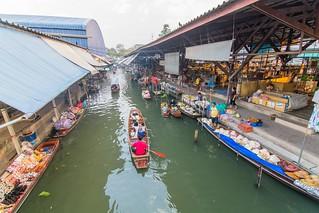 marche fottant damnoen saduak - thailande 2