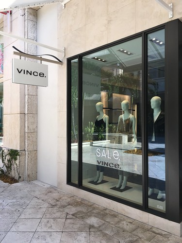 Vince Shops At Merrick Park