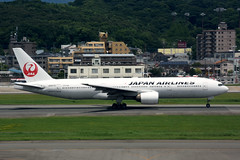 Japan Airlines JA8979 (Howard_Pulling) Tags: fukuoka airport fuk fukairport japan japanese howardpulling