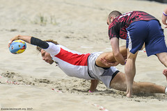 H6G64076 Ameland Invites v Baba Bandits (KevinScott.Org) Tags: kevinscottorg kevinscott rugby rc rfc beachrugby ameland abrf17 2017 vets veterans netherlands