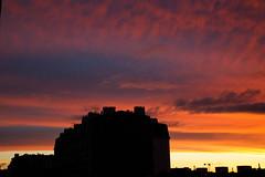 IMGL3893_DxO (baptisteflageul) Tags: couchedesoleil sunset soir evening soleil sun nuages clouds cloudporn ciel sky skyporn orange rouge red jaune yellow wow nature paysage landscape bleu bluehour blue paris france urbain urban