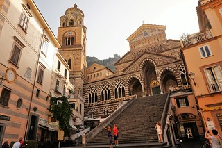 Romanesque, Gothic and Arab architecture