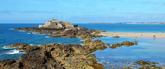 Le fort national (BrigitteChanson) Tags: fort national saintmalo illeetvilaine bretagne brittany breizh mer rochers ciel