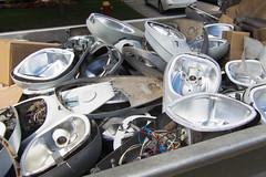 IMG_4177r (crobart) Tags: older hps high pressure sodium streetlights