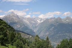 The classic walk from Zeneggen to Törbel (onno de wit) Tags: schweiz suisse svizzera svizra switzerland zwitserland wallis valais alps mountains törbel zeneggen burgen bietschhorn
