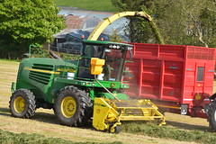 John Deere 7700 Self Propelled Forage Harvester (Shane Casey CK25) Tags: john deere 7700 self propelled forage harvester silage silage17 silage2017 grass grass17 grass2017 winter feed fodder county cork ireland irish farm farmer farming agri agriculture contractor field ground soil earth cows cattle work working horse power horsepower hp pull pulling cut cutting crop lifting machine machinery nikon d7100 leap